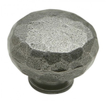 From The Anvil 33360 - Hammered Knob 32mm Natural