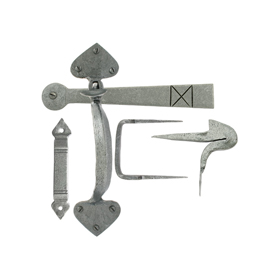 From The Anvil 33638 - Pewter Patina Gothic Thumblatch